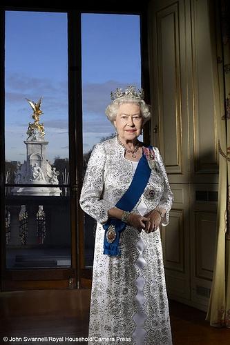 Elizabeth II (lisabeth II) of Canada