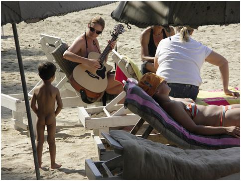 guitar player, palolem